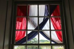 Tissu blanc et bleu rouge, 4ème de juillet Photo libre de droits