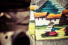 Tissu coloré au marché au Pérou, Amérique du Sud image libre de droits