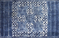 Tissu de batik teint par indigo photos libres de droits