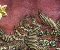 Tissu de sari de vintage avec des embellissements photographie stock libre de droits