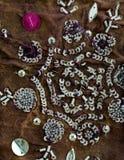 Tissu de sari de vintage avec des embellissements photographie stock