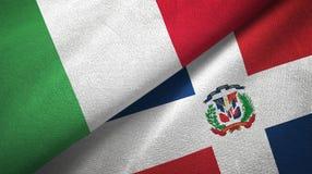 Tissu de textile de drapeaux de l'Italie et de la République Dominicaine deux, texture de tissu illustration stock