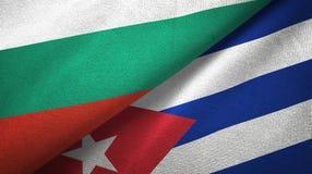 Tissu de textile de drapeaux de la Bulgarie et du Cuba deux, texture de tissu illustration libre de droits