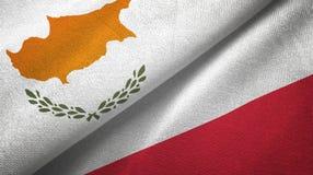 Tissu de textile de drapeaux de la Chypre et de la Pologne deux, texture de tissu illustration de vecteur