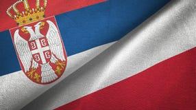 Tissu de textile de drapeaux de la Serbie et de la Pologne deux, texture de tissu illustration de vecteur