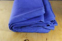 Tissu de toile coloré par ton bleu photo stock