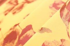 Tissu en soie coloré plié Image libre de droits