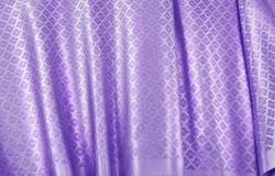 Tissu en soie thaïlandais chiffonné Photographie stock libre de droits