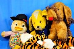 Tissu mou de cru de jouets pour enfants Jouets pour enfants pour le divertissement des enfants et le développement d'âge Chien de image stock