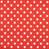 Tissu rouge avec les points de polka blancs Photos stock