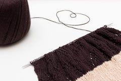 Tissu tricoté sur le fond neutre Image stock