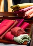 Tissus en soie thaïs Photos stock