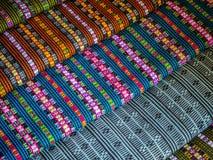 Tissus et tapis colorés image stock