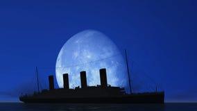 Titánico y luna Fotografía de archivo libre de regalías