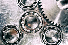 Titan och stålkugghjul och kugghjul Arkivfoton