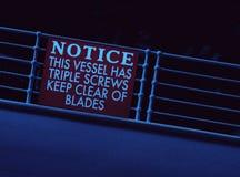 Titanic descendant le signe sévère d'avis de balustrade Images libres de droits