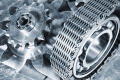 Titanium i stalowe inżynierii przekładnie fotografia stock
