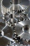 Titaniumen och stålsätter utrustar rullar Arkivbilder