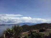 Titicaca湖和Isla del Sol在玻利维亚 免版税库存照片