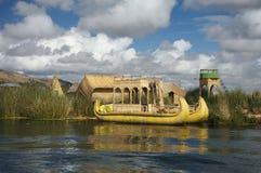 筏titicaca 免版税库存照片
