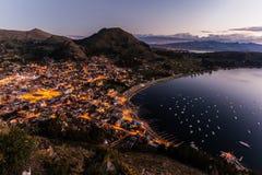 Titicaca do lago na beira de Bolívia e de peru Imagens de Stock