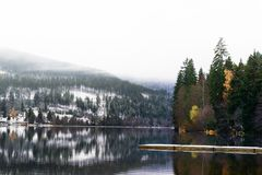 Titisee et lacs Schluchsee en Allemagne photographie stock