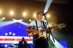 Tito Paris Concert etapp för Kap Verdeflaggabakgrund Arkivfoton