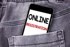 Titolo concettuale del testo di scrittura della mano che mostra registrazione online Concetto di affari per i wi mobili del telef immagini stock libere da diritti