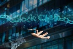 Titolo di Blockchain con un cahin fatto del numero di dati - 3d rendono Fotografia Stock