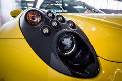 Titre du type 960, 2015 d'araignée d'Alfa Romeo 4C de voiture de sport Photos libres de droits