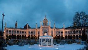 Tivoli-Gärten bis zum Nacht lizenzfreie stockfotografie