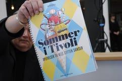TIVOLI-GARTEN, DER ADY FÜR ERÖFFNUNGSFEIER ERHÄLT Stockbilder