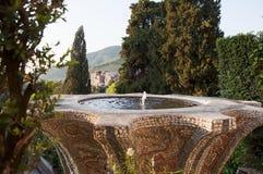 Tivoli, Landhaus d'Este, Brunnen mit Ansicht Lizenzfreie Stockfotografie
