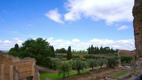 Tivoli - point de rep?re arch?ologique Rome de villa de visite culturelle d'Adriana dans la vue a?rienne de l'Italie du b?timent  clips vidéos