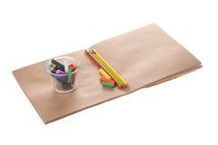 Tiza del color en el papel imagen de archivo libre de regalías