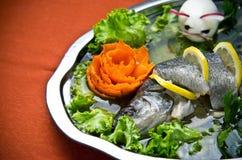 Tjänad som elegant maträtt för piksittpinne Fotografering för Bildbyråer