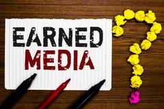 Tjänat massmedia för handskrifttext handstil Skyler över brister menande publicitet för begreppet som vinns till och med befordri royaltyfria bilder