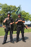 Tjänstemän för NYPD-räknareterrorism som ger säkerhet Royaltyfria Foton