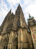 tjeck Den storstads- domkyrkan av helgon Vitus, Wenceslaus och Adalbert Royaltyfri Foto