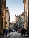 TJECKIEN PRAGUE - OKTOBER 02, 2017: Utseendet av en underbar europeisk stad Prague gammal stadfyrkant och Royaltyfri Foto