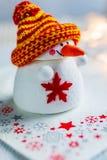 Tjeckisk jultid och egenar - vitt snögubbediagram decorati arkivfoton