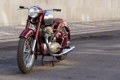 Tjeckisk motorcykel Jawa 500 OHC från år 1952-1958 Royaltyfria Bilder
