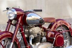 Tjeckisk motorcykel Jawa 500 OHC från år 1952-1958 Arkivfoton