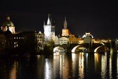 tjeckisk nattprague republik Arkivfoto