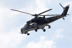 Tjeckiska Mil Mi - 24 hindattackhelikopter Arkivbilder