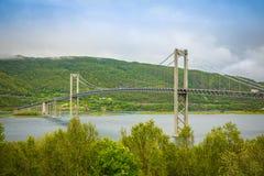 Tjeldsund most między stałym lądem i Lofoten wyspami, Norwegia Obraz Royalty Free