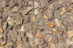 Tjock stenvägg som bakgrund eller textur royaltyfria foton