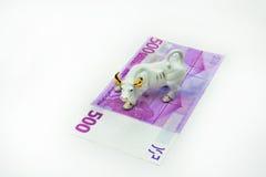 Tjur- och eurosedel Arkivfoton