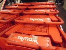 TK Maxx Trolly Imágenes de archivo libres de regalías