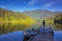 Tkacz jezioro w ranku obraz royalty free
